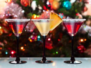 colorful-drinks-at-Christmas-party
